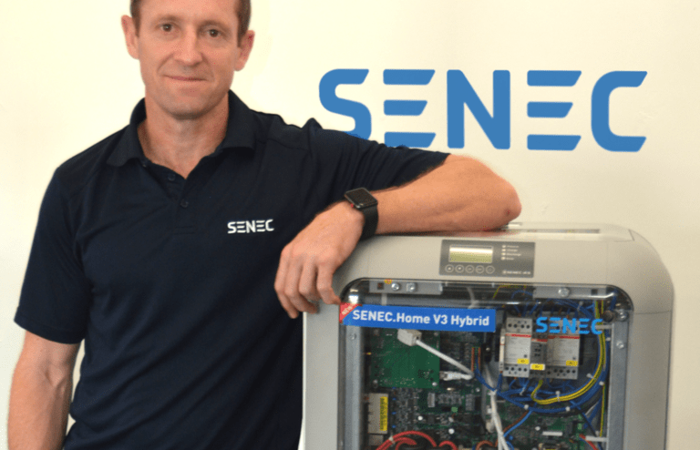 patrick duignan with senec battery